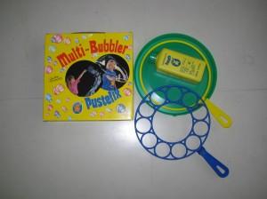 (写真3)シャボン玉の原理が学べるキット